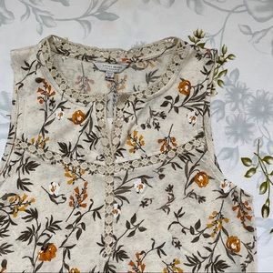 NWT Lucky Floral Tank